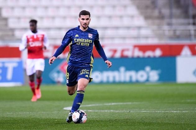 PSG gia nhập cuộc đua chiêu mộ Houssem Aouar với Arsenal - Bóng Đá