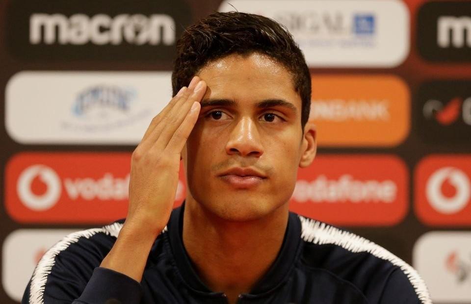 Dean Jones - Signing Varane could impact Pogba & Fernandes talks - Bóng Đá