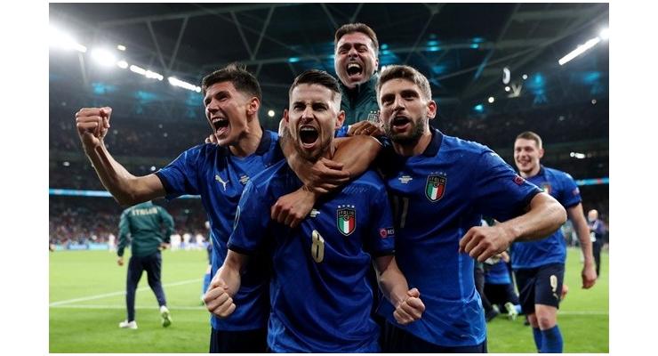 Football: England boss Southgate warns Italy will be 'massive hurdle' - Bóng Đá