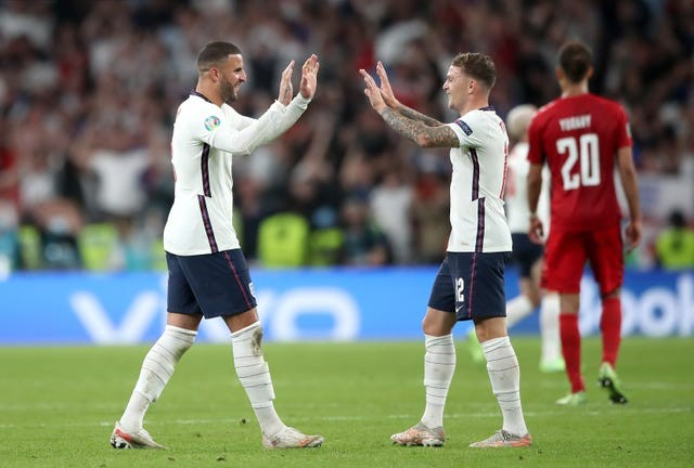 Kyle Walker: 'We will give everything to knock that last door down' - Bóng Đá