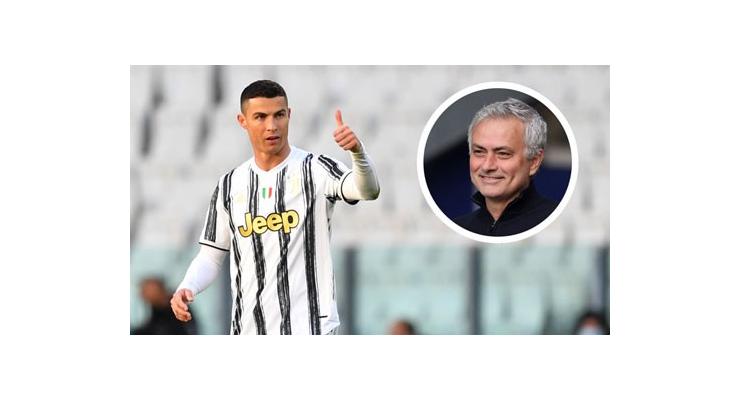 Mourinho chẳng ngán khi đối đầu với 'trò cũ' Ronaldo