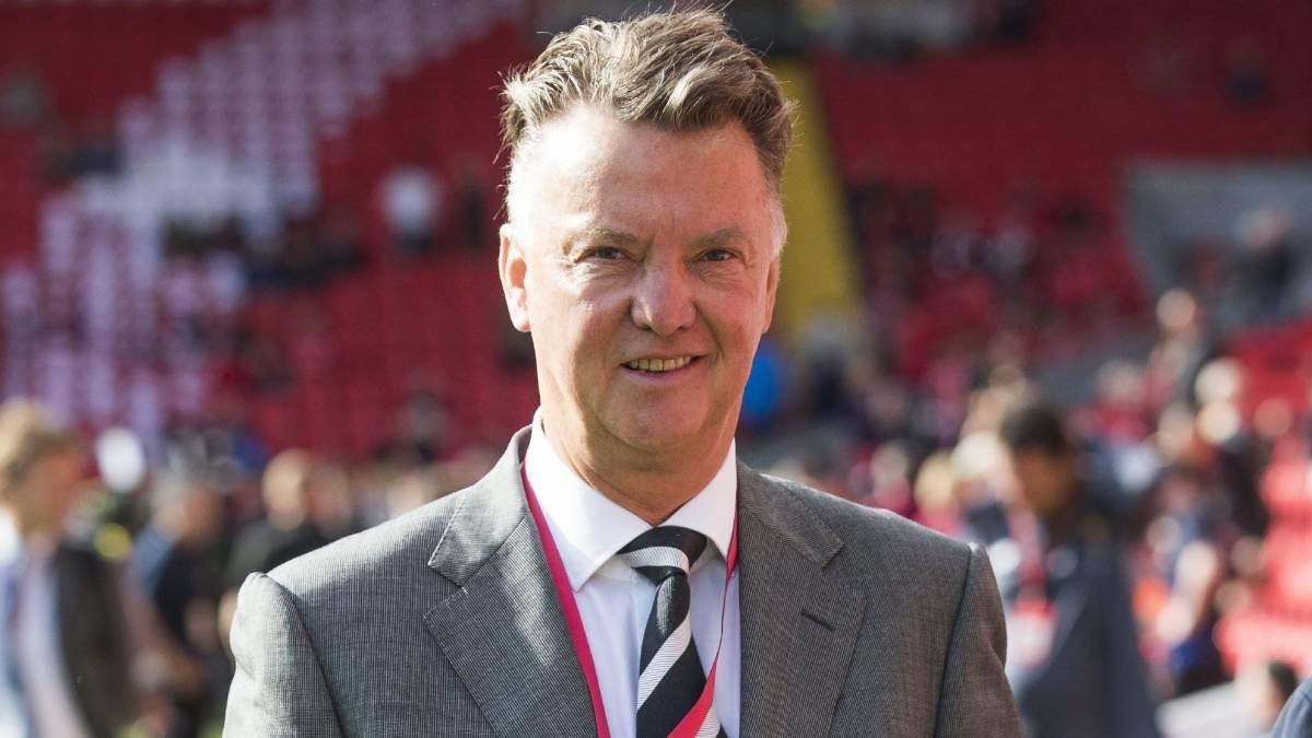 Van Gaal đặt cửa vô địch cho kình địch của Man Utd  - Bóng Đá