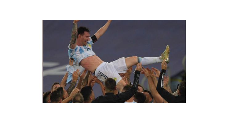 Xác nhận tương lai Messi sau khi vô địch Copa America - Bóng Đá