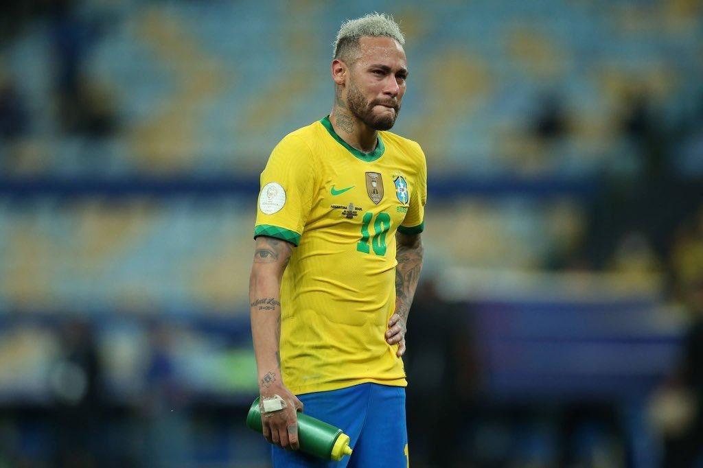 Neymar gây choáng, bật khóc nức nở rồi lại cười toe toét - Bóng Đá