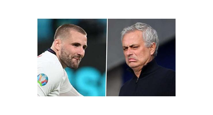 Mourinho lại chỉ trích Shaw