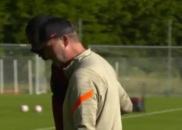 Jurgen Klopp embraces Ibrahima Konate in Austria - Bóng Đá