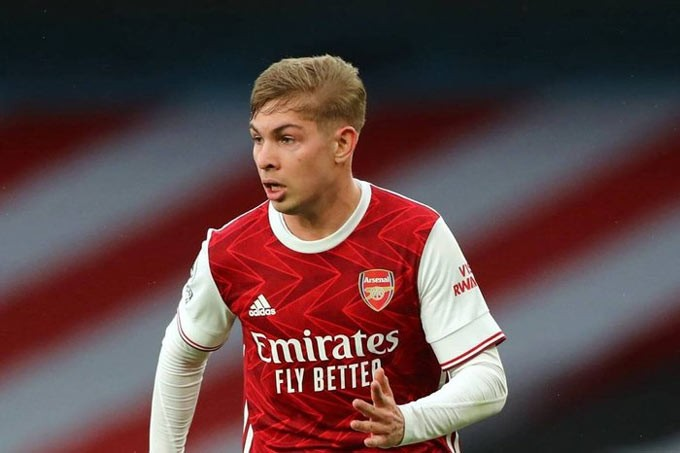 Arsenal giữ chân Smith Rowe