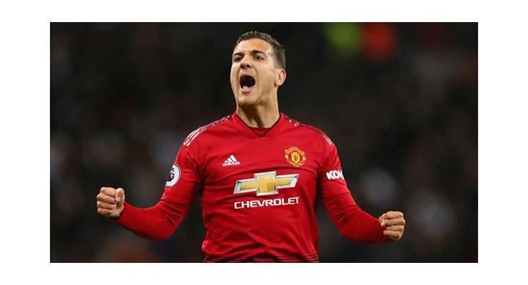 Điểm danh 10 cầu thủ có thể rời Man Utd theo dạng cho mượn - Bóng Đá