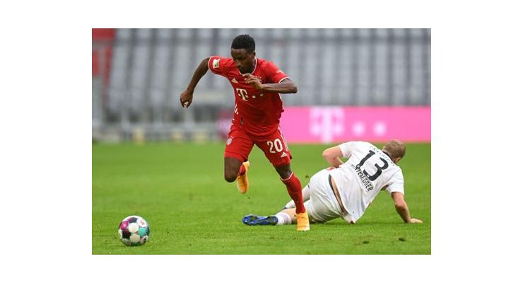 Bouna Sarr là một trong nhiều cầu thủ của Bayern có thể đảm nhiệm tốt vị trí hậu vệ trái