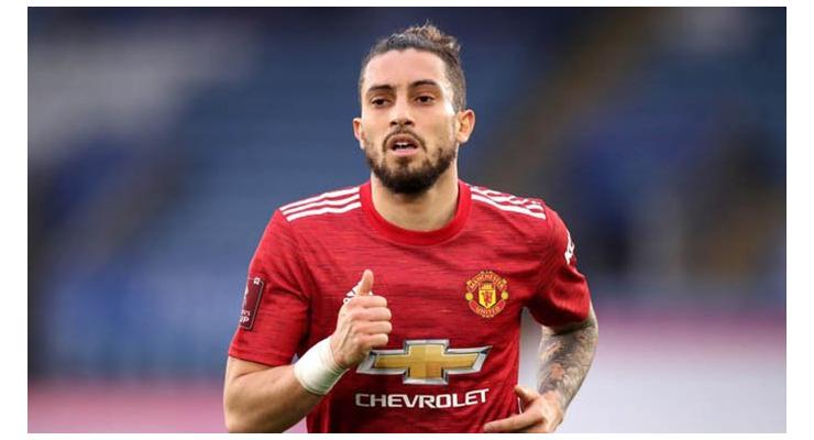 Vì sao Man United cần giữ Telles thay vì cho anh đến với Mourinho?