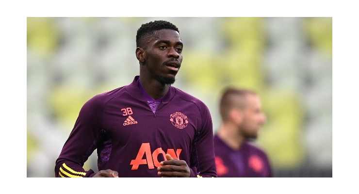 The Manchester United board have this week confirmed their agreement to let Axel Tuanzebe go - Bóng Đá