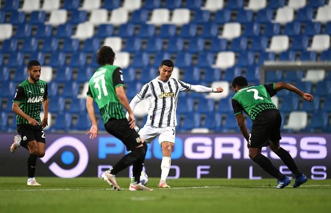 Việc phụ thuộc vào Ronaldo khiến cách chơi của Juventus bị chậm hẳn