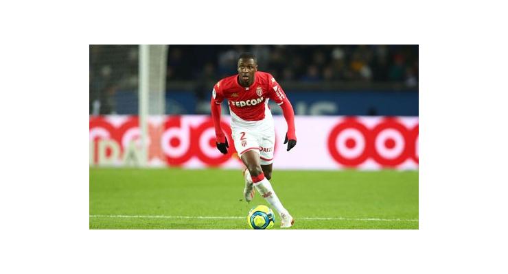 Milan đạt thỏa thuận chiêu mộ Ballo-Toure