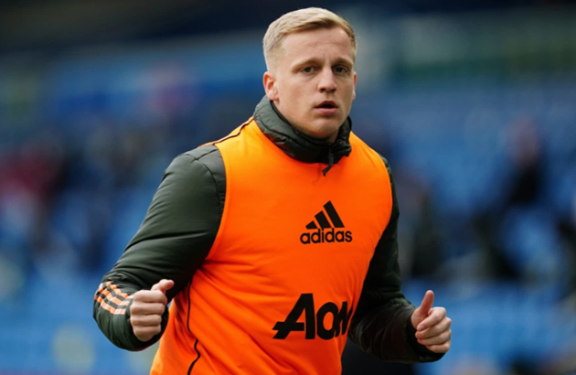 Van De Beek returns to Man Utd pre-season training after Euro 2020 - Bóng Đá