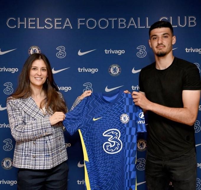 Armando Broja 'Better than Haaland!' - Chelsea fans all say the same thing as latest summer deal is announced - Bóng Đá