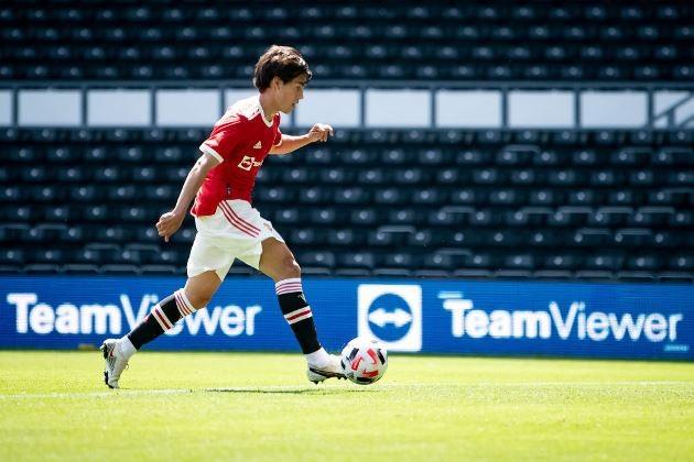 Manchester United fans react to Facundo Pellistri's performance - Bóng Đá