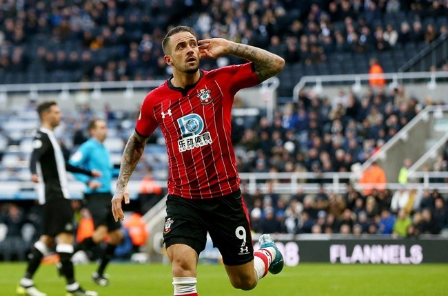 Danny Ings 'sets sights on Man Utd or Man City transfer' in fresh blow for Tottenham - Bóng Đá