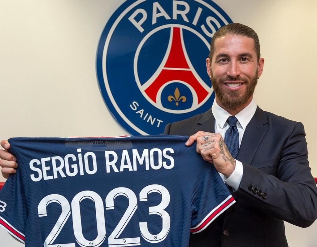 Trước đó, nhà vô địch Champions League Sergio Ramos cũng bỏ Real Madrid sang Paris