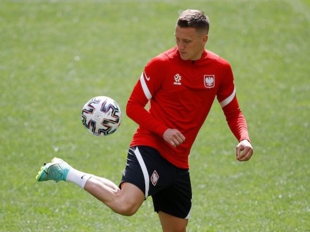 Manchester United 'make contact with Piotr Zielinski's agent' - Bóng Đá